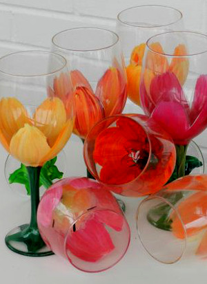 Simple One Stroke Tulip Glass Painting: Stage I